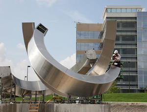Installation of the Synergy sculpture